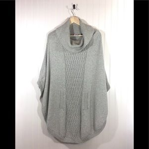 Cabi Knit Gray Poncho Size Large